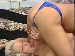short hair blond working lady