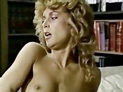 three-some vintage lezzies scissor sexing!