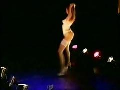 striptease 110