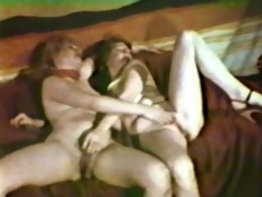 lesbian peepshow loops 71110 1132s and 28s -