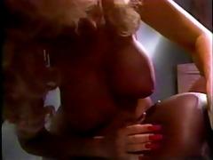 betty scoops (blond), ebony ayes (black) &;