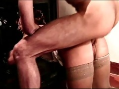 unshaved curler d like to fuck receives anal from