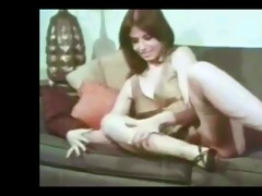 shaggy milf retro