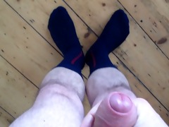 offloading on my blue vintage socks