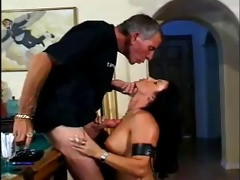classic hawt dark brown cougar smokin sex