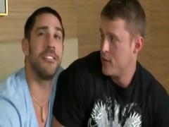 muscle men fuck - downloadgvideos.blogspot.com
