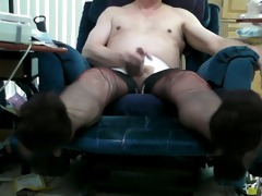 vintage black ff nylons and double cum!